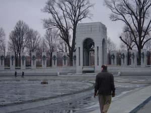 2me jour avec marc washington dc emilie usa vous pouvez voir marc marchant au milieu du monument fandeluxe Choice Image